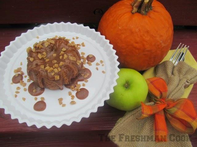 spiced apple bundt cake w/ a caramel brickle drizzle/#bundtbakers