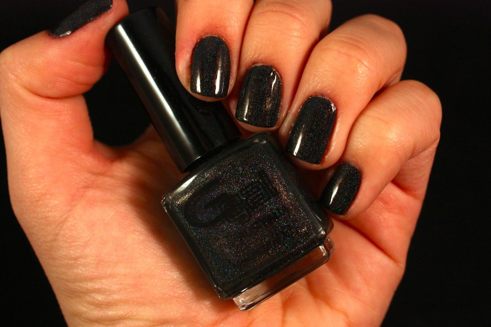 Black Holographic Nail
