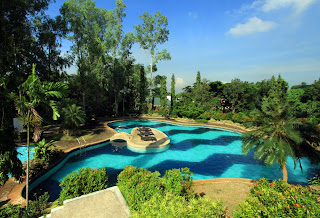 Swimming Pool at Mission Hills Antipolo at Havila
