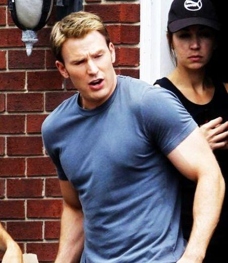 Chris Evans Captain America 2 Haircut Chris evans (mens haircuts)