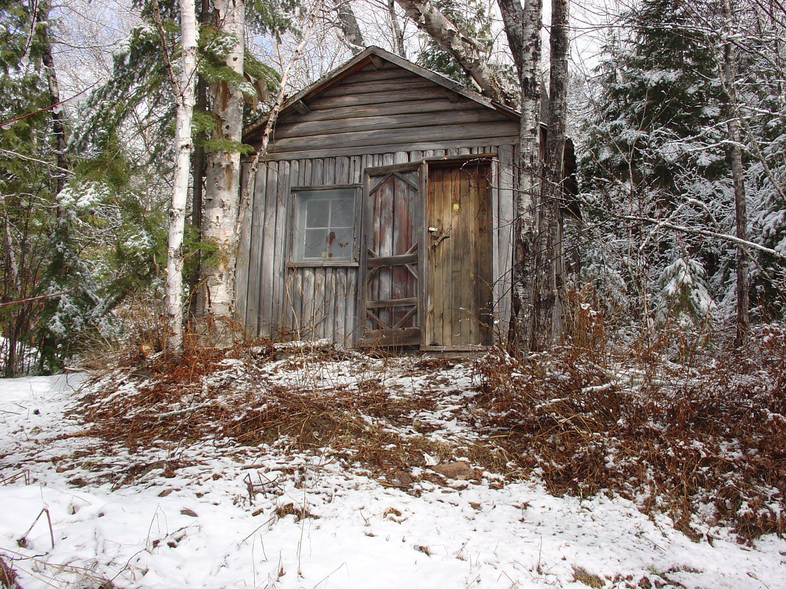 EQ 25 Original cabin