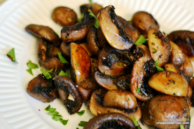 Roasted Mushrooms with Balsamic, Garlic and Thyme