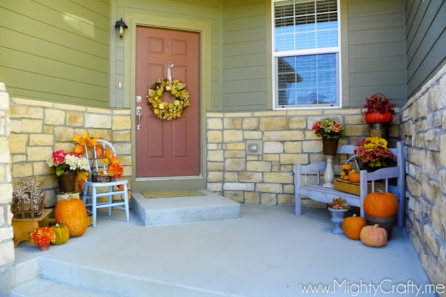 Fall Porch - www.MightyCrafty.me