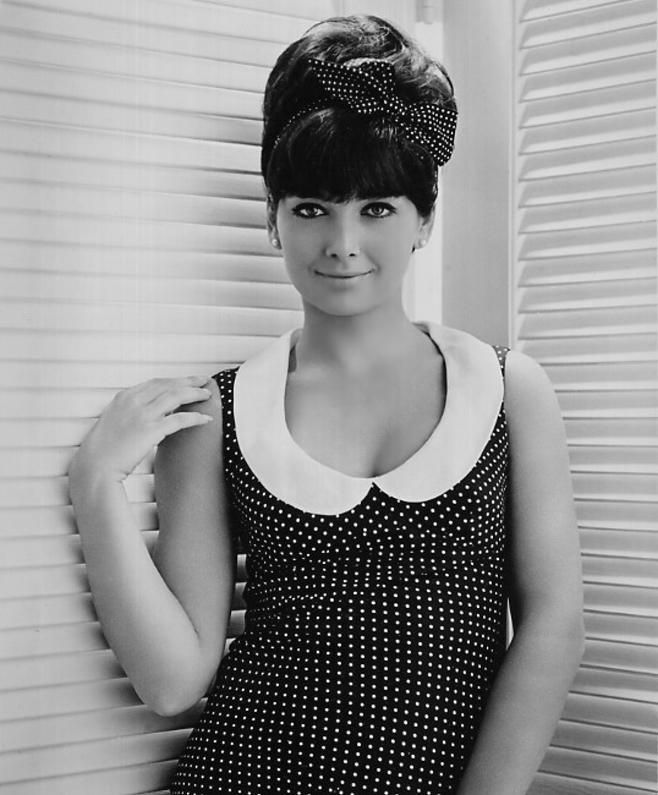 Suzanne+Pleshette+1960s+edit+use.jpg