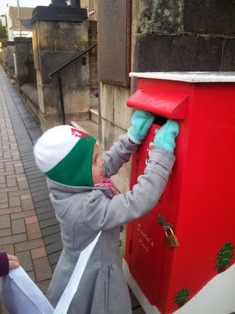 ntern, Letters, Letters to Santa, Puppet Show, Rides, Santa, Father Christmas