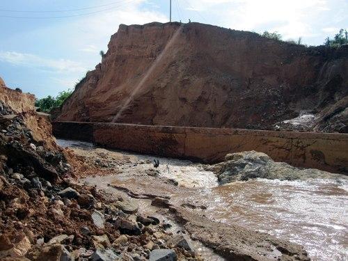 Gia Lai: Kiến nghị làm lại thân đập thủy điện Ia Krêl 2