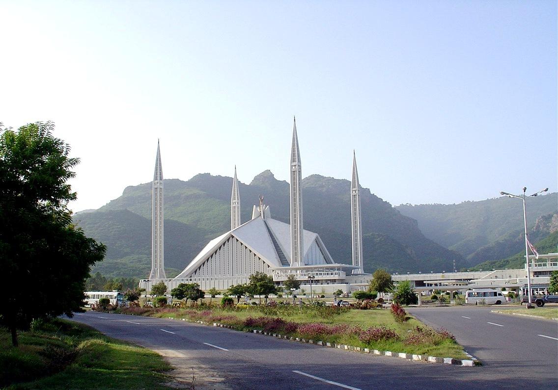 http://3.bp.blogspot.com/-v60o-63e3DQ/TcBU1Fk0fsI/AAAAAAAAASc/29024zv96lA/s1600/Faisal%2BMosque%2BPakistan%2Bby%2Bcool%2Bwallpapers2.jpg