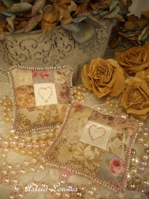 romantic cushions