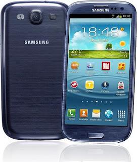 """Nos hemos centrado en las 5 estrellas Android. Sinceramente la elección no ha sido difícil. Entre los finalistas tenemos a Samsung, HTC, Sony y LG. Comenzamos por el que creemos es el rey indiscutible del sistema operativo de Google en este momento. Samsung Galaxy S3 El 3 de mayo de 2012 se presentó en Londres, bajo el calificativo de un smartphone diseñado para humanos, el Samsung Galaxy S3. Con una serie de funciones llamadas de """"movimiento"""" este dispositivo permite hacer llamadas simplemente acerco el dispositivo a la oreja. Aunque como muchos de vosotros sabéis tiene más trucos y características. El"""