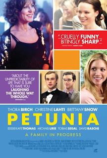 Ver online: Petunia (2012)