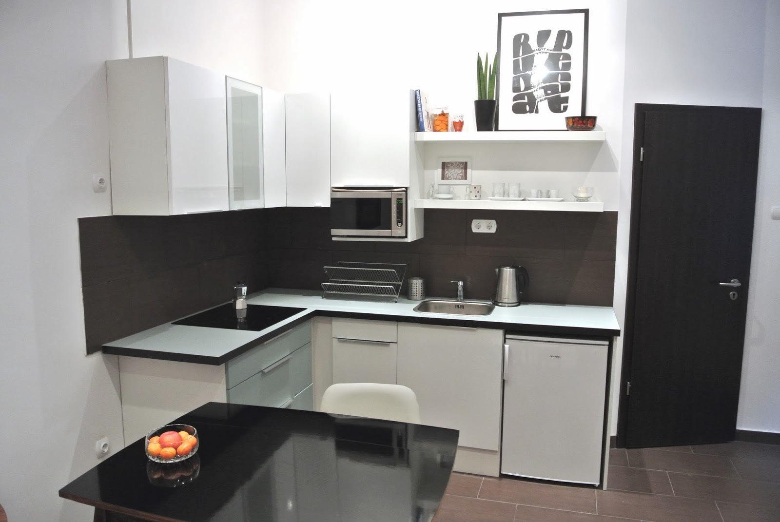 Paulay Design Apartment - kitchen