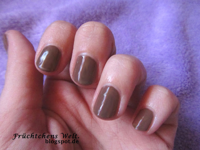 Manhattan M&only Nagellack Nr.4