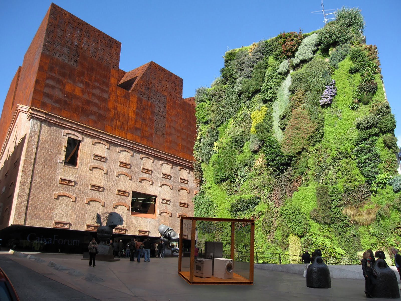 Arquitectura en espa a caixaforum madrid de herzog de for Herzog de meuron madrid