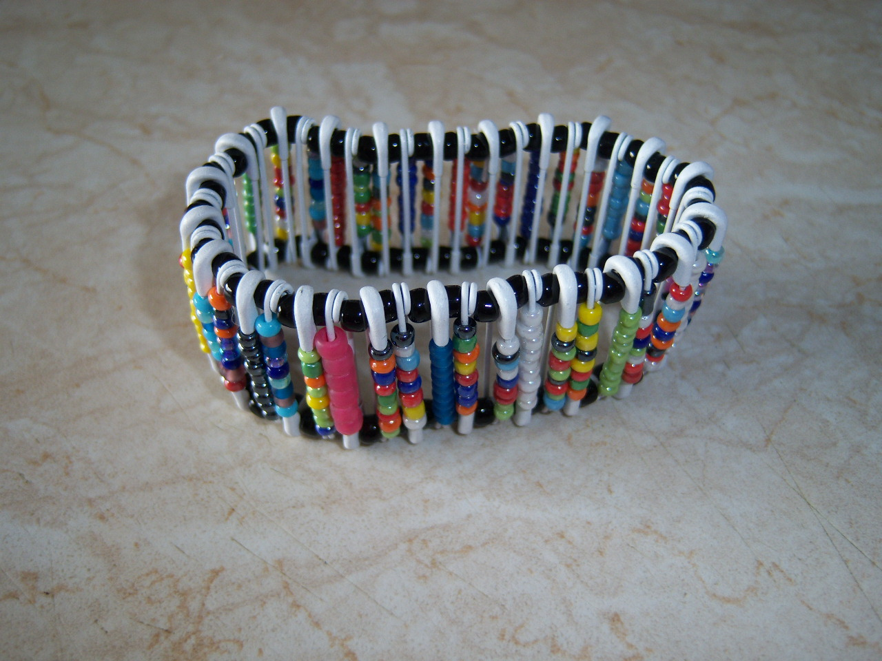 Crazy caterpillar crafts safety pin bracelet for Safety pins for crafts
