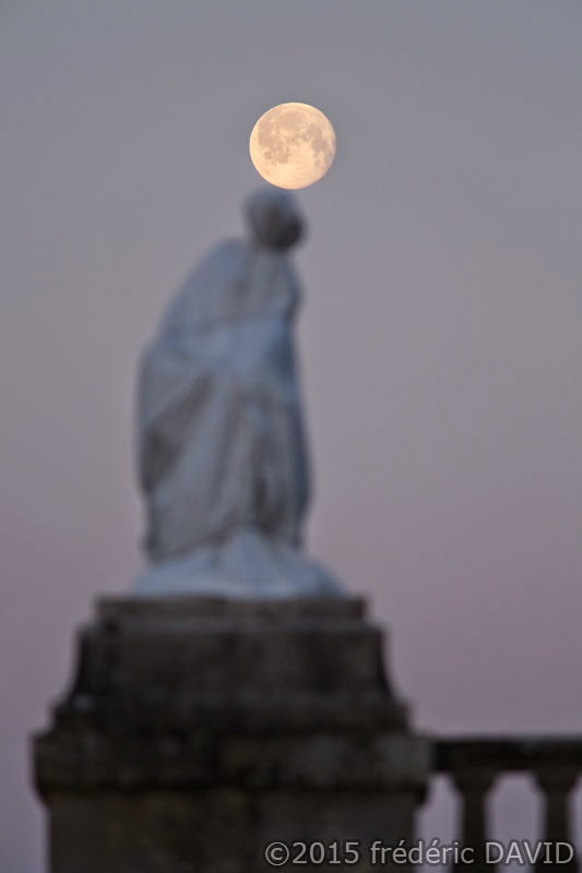 ciel Lune Jongleur