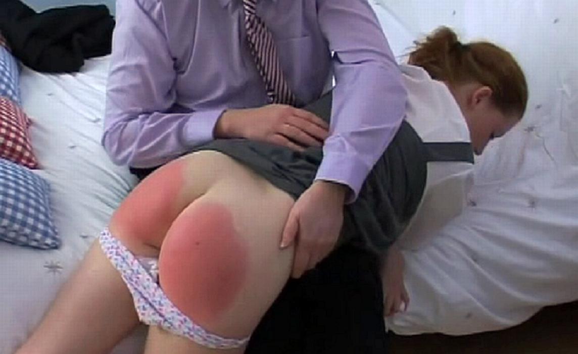 Nalgadas Porno Videos de Mujeres Desnudas Recibiendo
