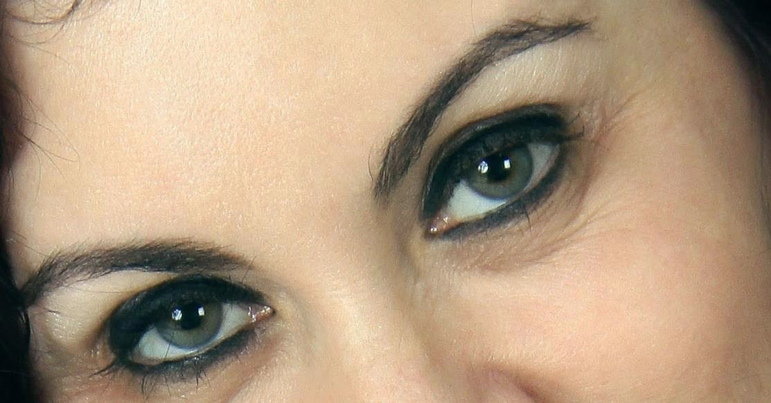 """""""Trago no olhar visões extraordinárias, de coisas que abracei de olhos fechados"""""""