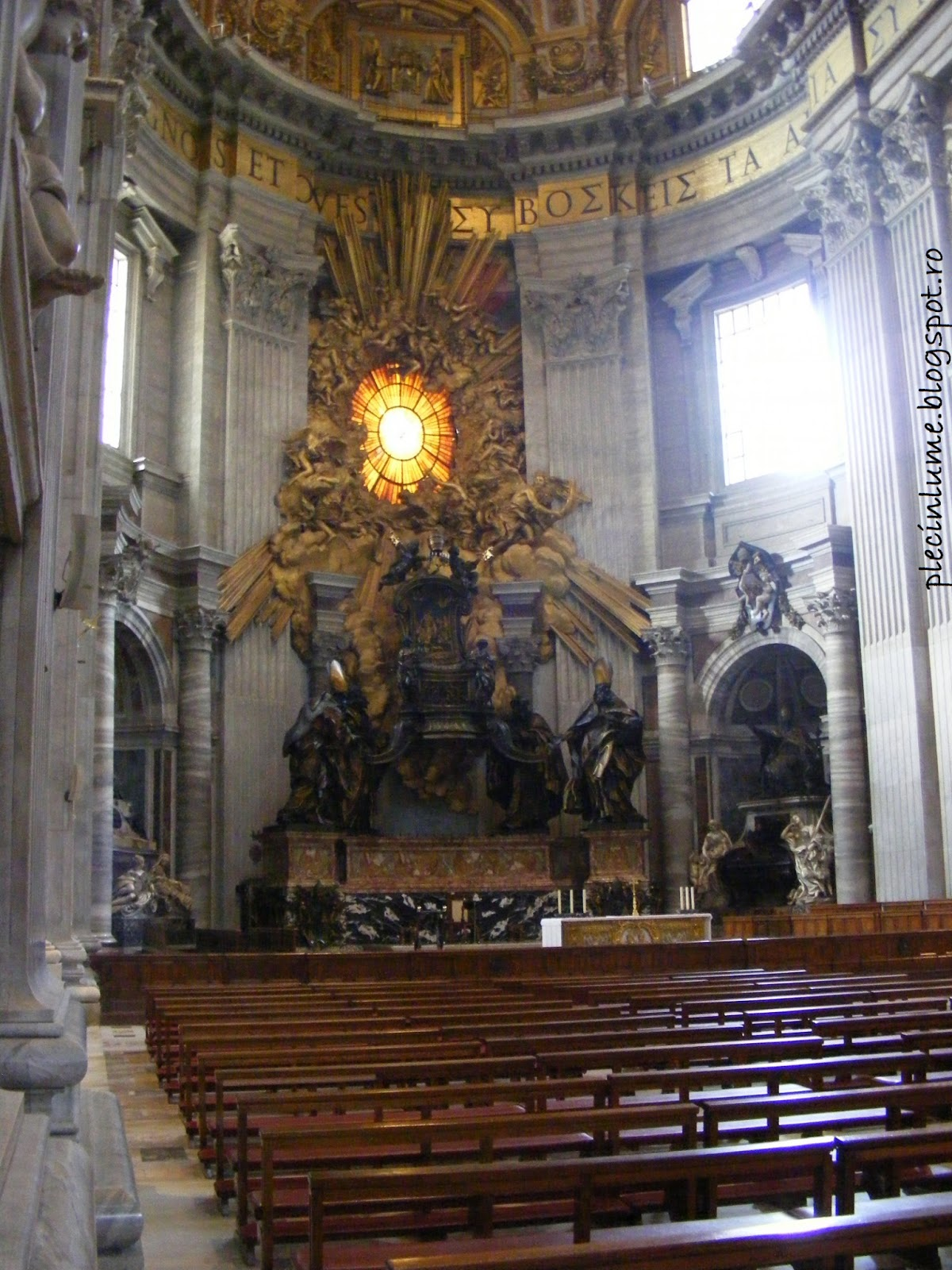 Catedrala San Pietro - interior