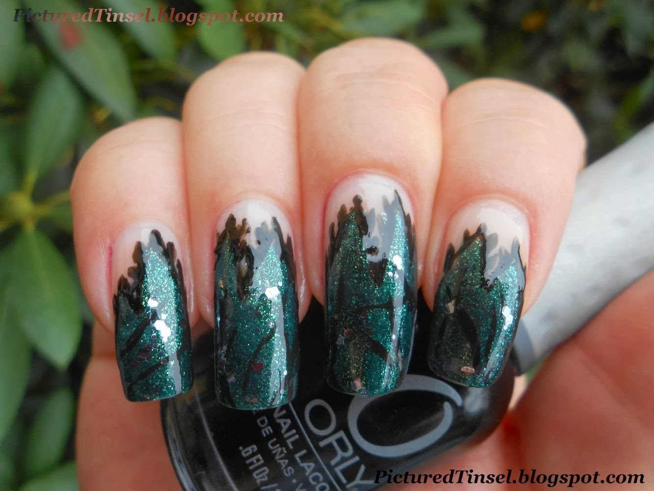 PicturedTinsel: Hexen-French - Witch\'s French [Halloween Nail Art]