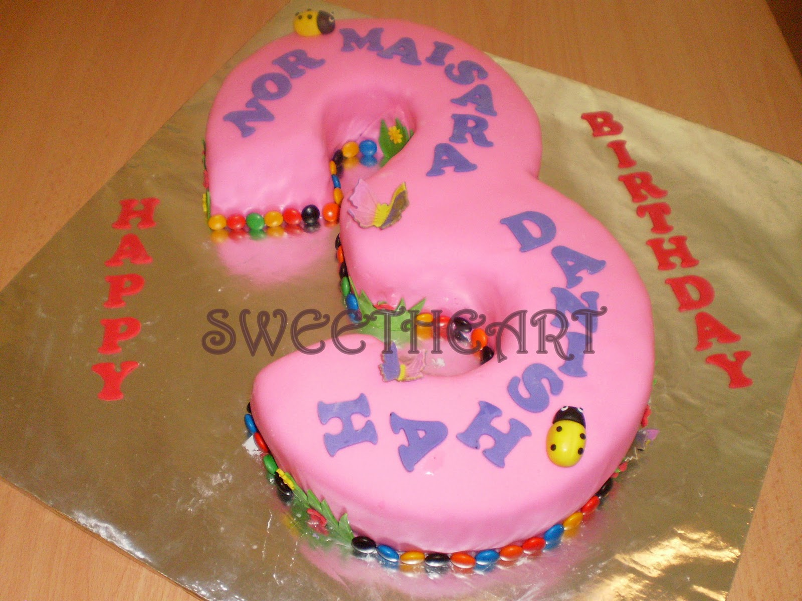 Sweetheart Cake and Cookies: Red Velvet 2D / 3D Number 3
