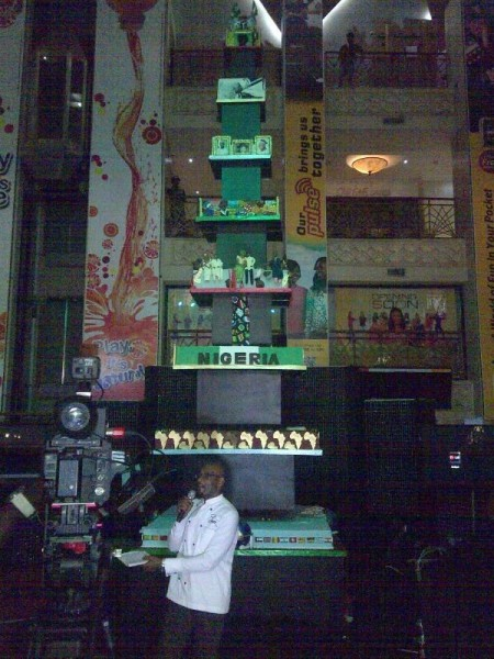 photo of tallest cake in africa