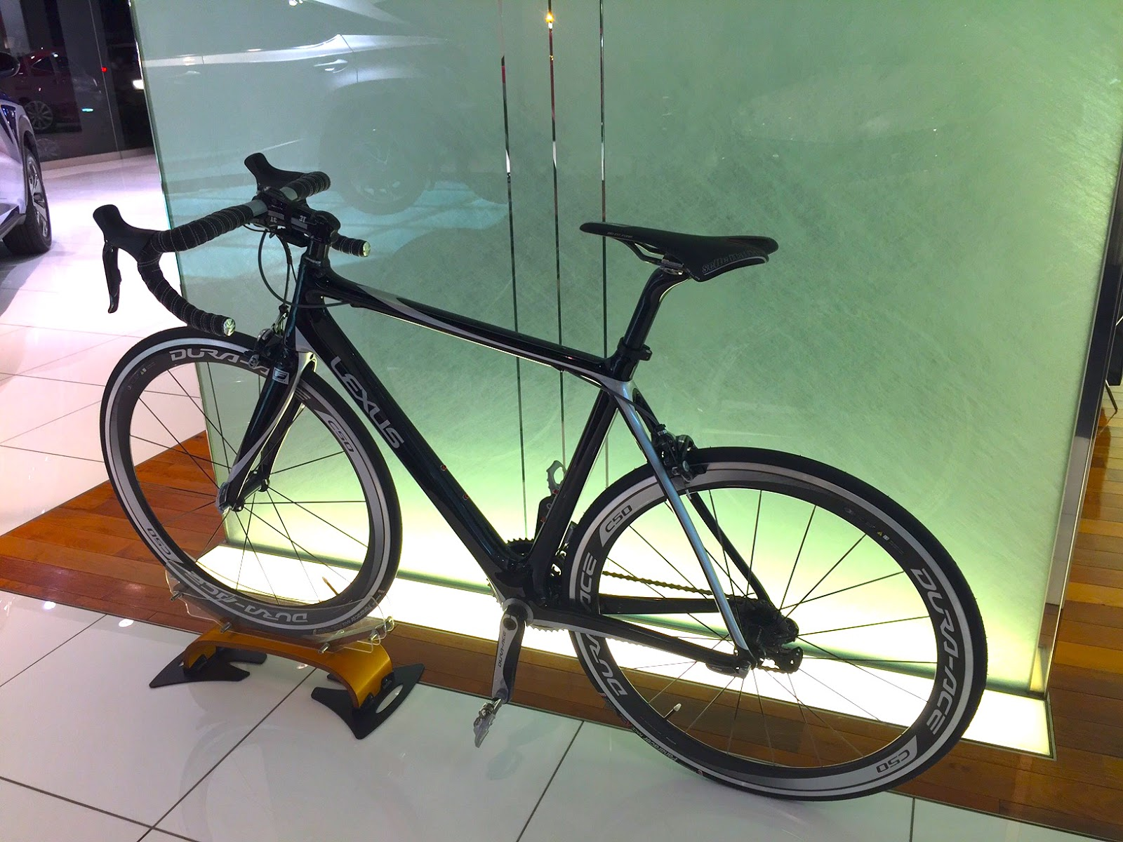 The Lexus F Sport Road Bike Uses A CFRP Main Frame Construction To Keep It  Unbelievably Light. Iu0027m Told By The Reader Who Sent Me These Stunning  Pictures, ...
