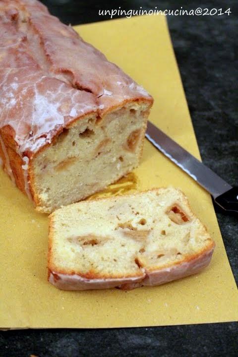 cake di mele e vaniglia glassato alla cannella
