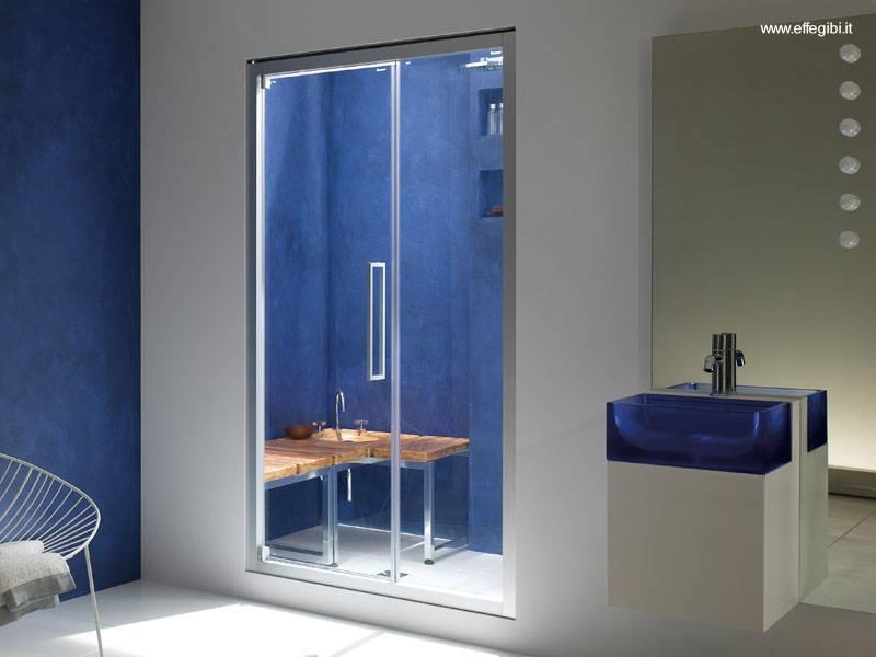 Ducha Con Baño Turco:Impactante combinación de baño turco familiar en un baño moderno