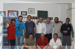 Algunos miembros del Club Colombófilo Torrelaveguense (Cantabria)