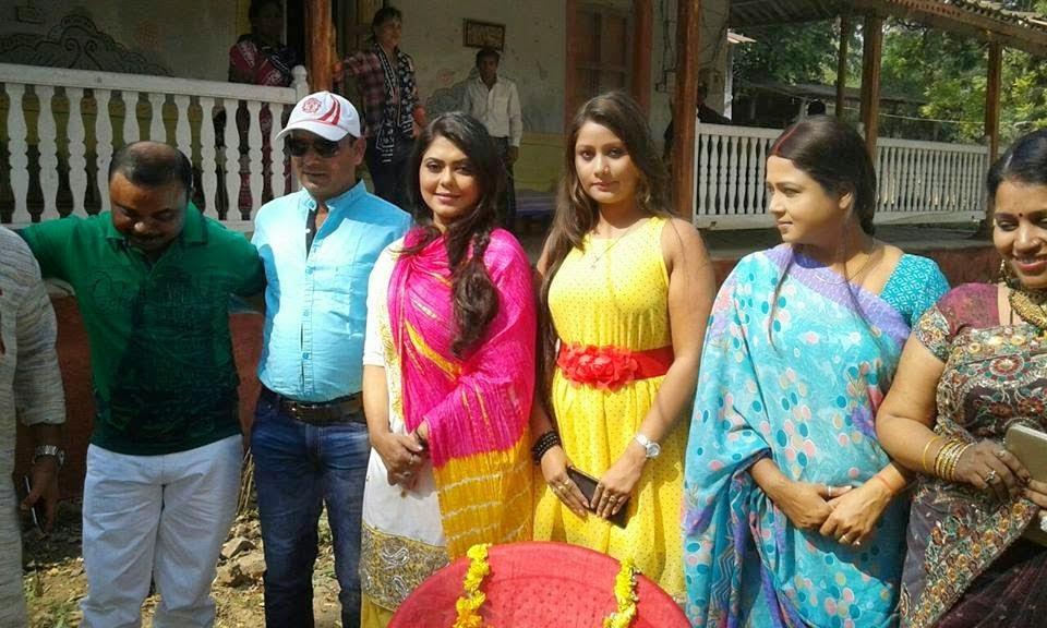 Shooting Start of Kahiya Vivah Bola Karba : Star Cast Alok Kumar & Rinku Ghost