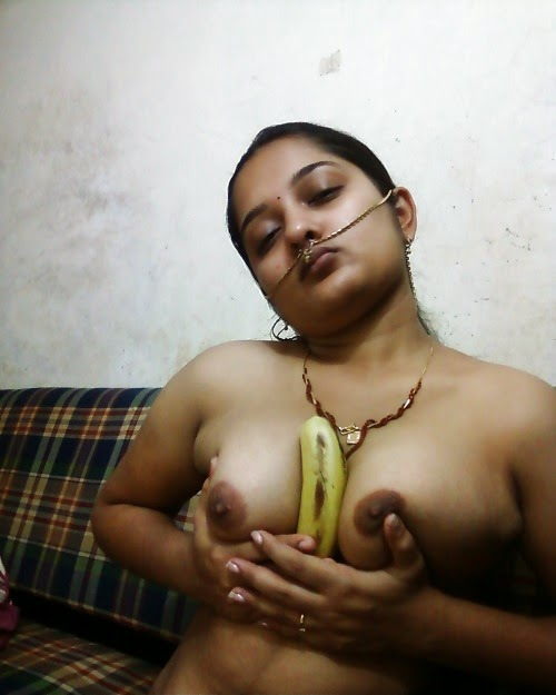 nude desi maid romance fingering pussy images