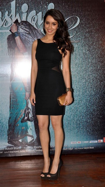 Shraddha Kapoor Sexy Pictures 2013