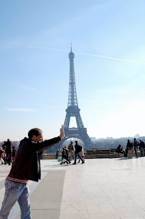 Funny Picture with Eiffel Tower