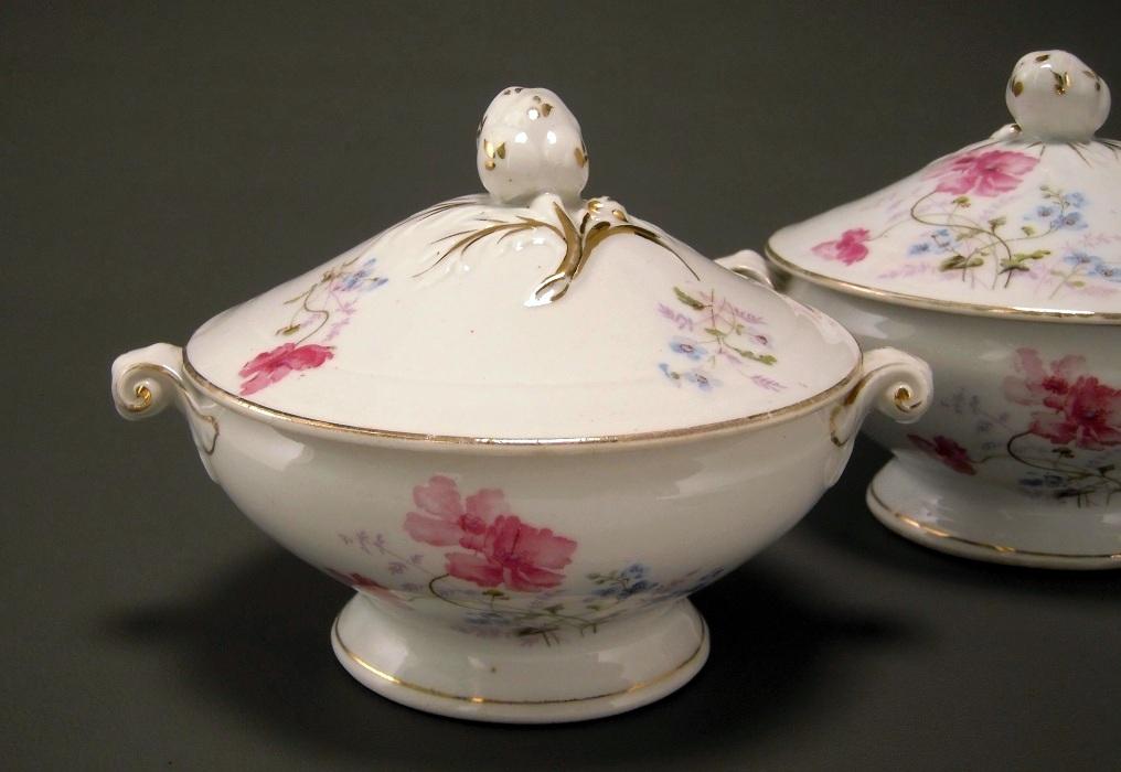 patina antik kpm krister porcelain sauce tureen. Black Bedroom Furniture Sets. Home Design Ideas