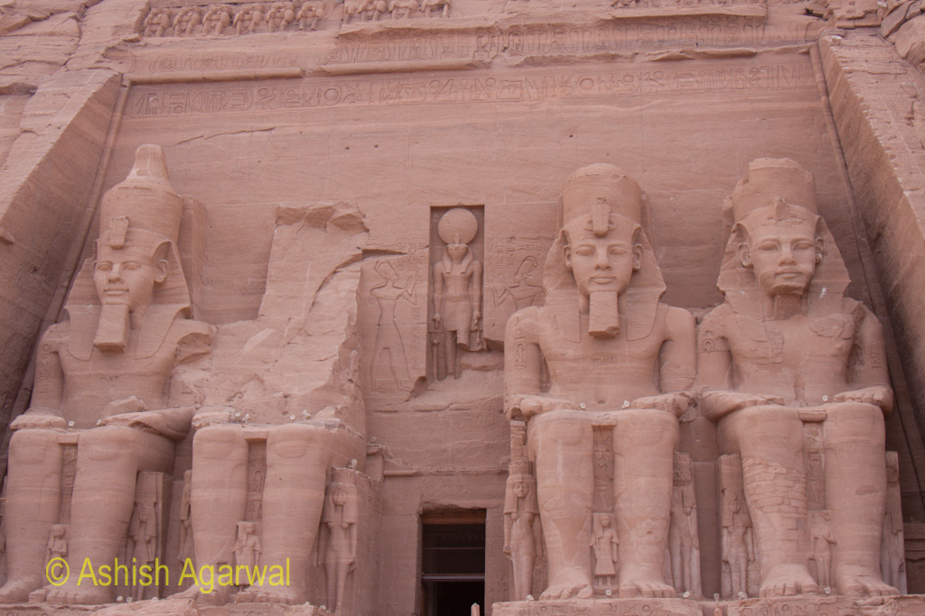 The four statues of the temple of Abu Simbel along with the entrance to the inner area