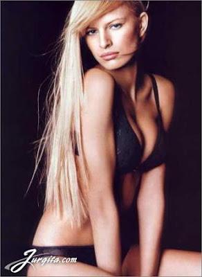 Karolina Kurkova - Victoria Secret Models