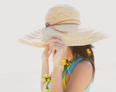 Cách chăm sóc da không bị bắt nắng ngày hè