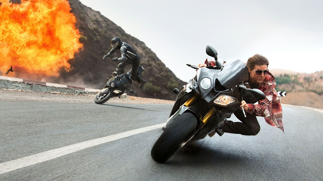 "Tom Cruise keeps on trucking in ""Mission: Impossible—Rogue Nation"""