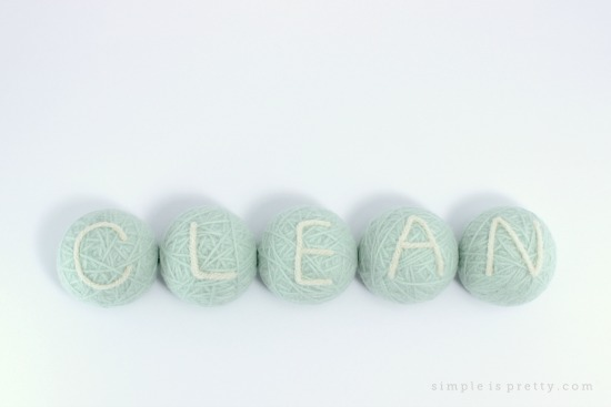 Wool Dryer Balls Reduce Static in Laundry