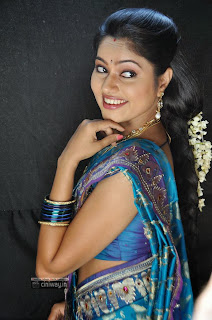 Rough-Movie-Heroine-Suhasini-Stills-in-Saree