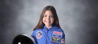 Hola. Soy Alyssa Carson y en el 2033 iré a Marte