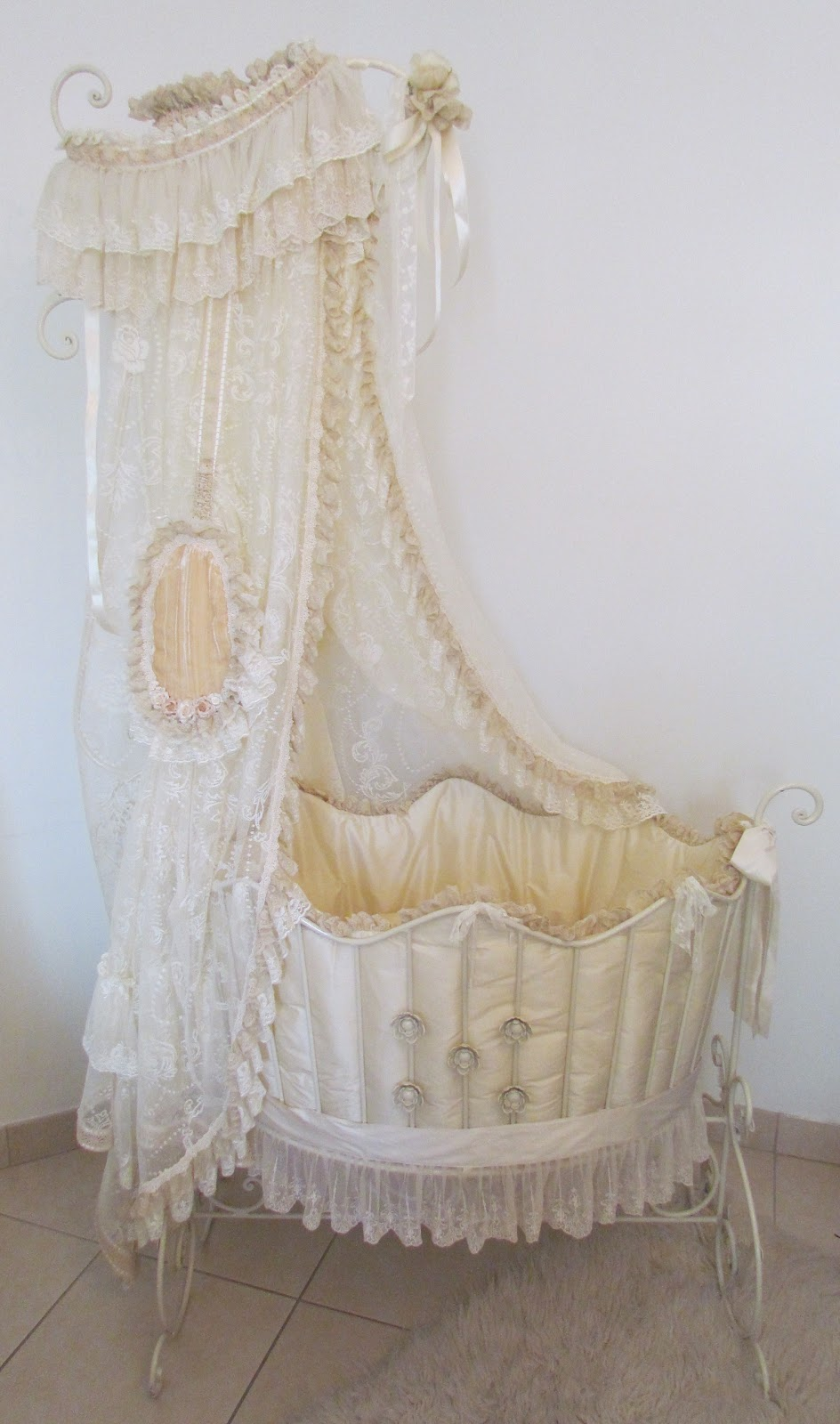 Angela lace victorian style baby bed for Victorian style