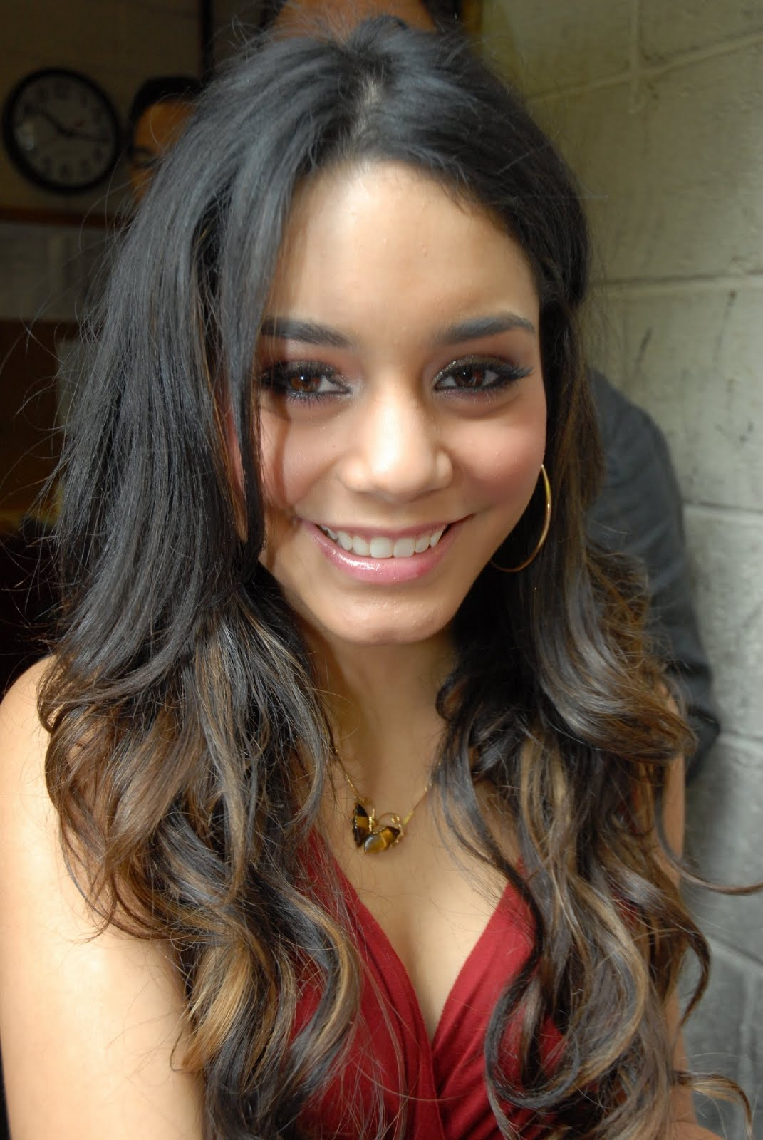 Vanessa Hudgens Hairstyles Trendy Hairstyles 2014