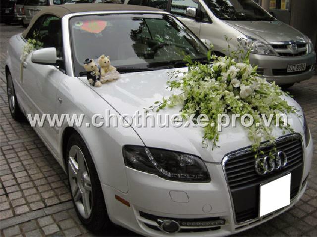 Cho thuê xe Audi A4 mui trần