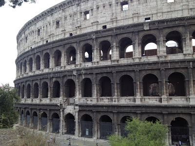 El Coliseo de Roma. Lugares Sorprendentes. Roma. Turismo en Roma. Italia