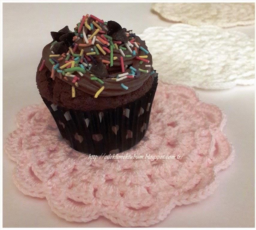 tığ işi, tığişi, cupcake, kek, tığ işi supla, tığ işi amerikanservis, crochet, supla, mutfak, elişi, ev, dekorasyon, dekoratif, pembe, servis, örgü,