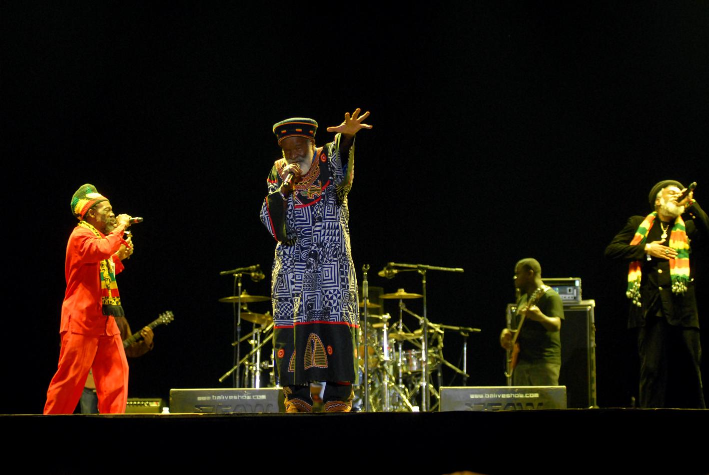 O Abyssinians Reggae: A Voz do Povo:...
