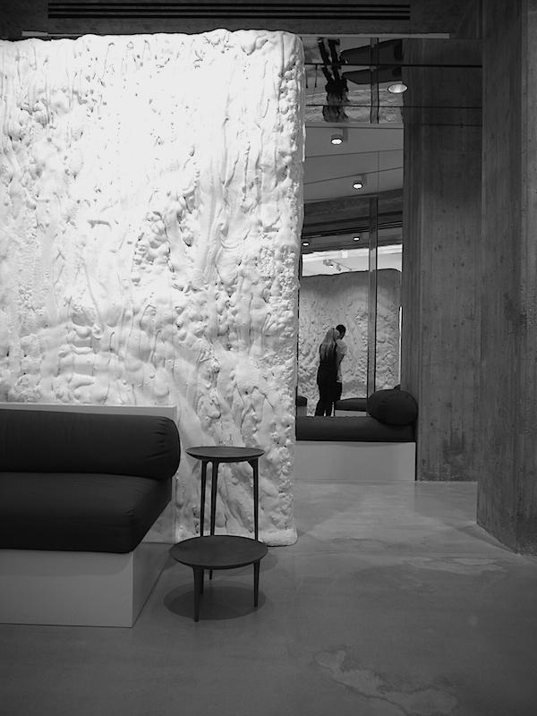 Ben noto vosgesparis: Rick Owens Fashion store | Milan CO26
