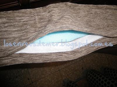 Detalle de cierre de la funda del sofá