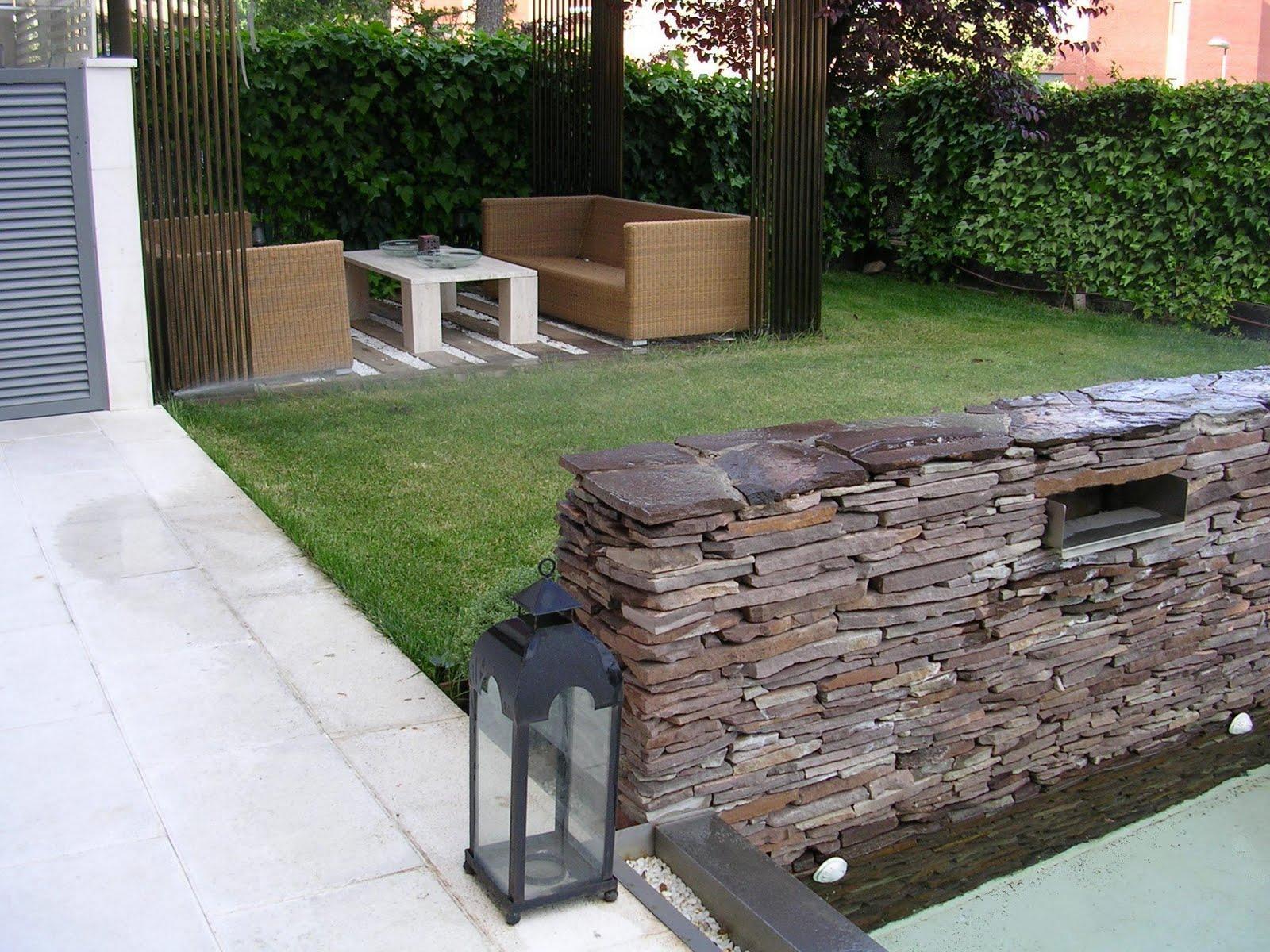 Arbustum jardines exteriores su idea nuestro dise o for Jardines disenos exteriores